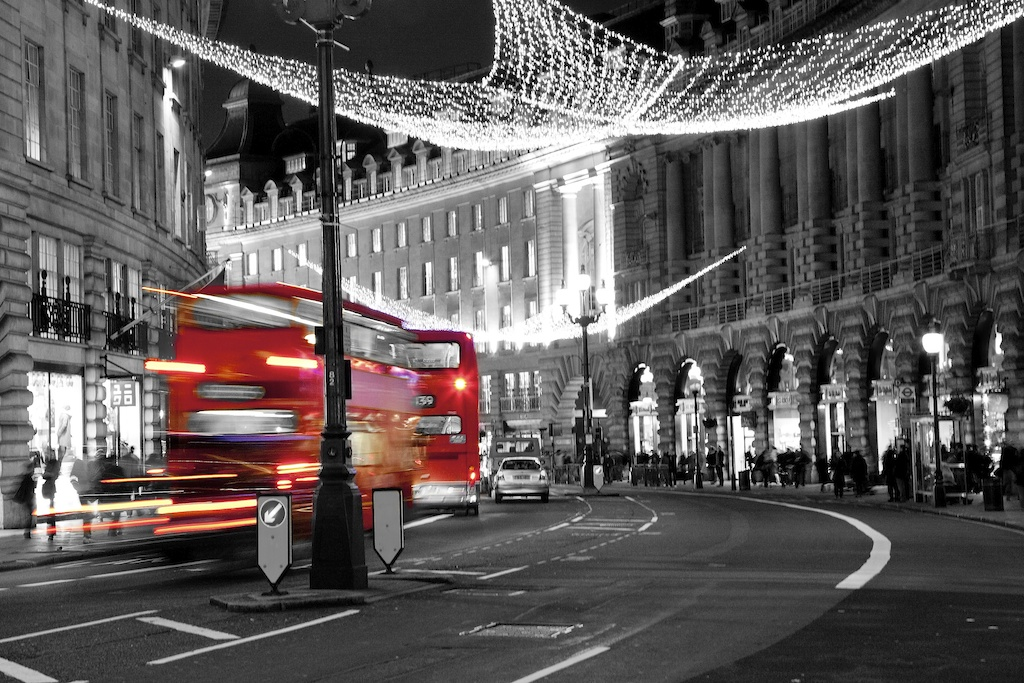 London i R B W farger.